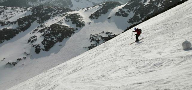 Rozlúčka so zimou v Tatrách na lyžiach